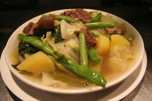 Beef Shank Soup with Green Beans (Photo courtesy by garrie28 from Flickr)