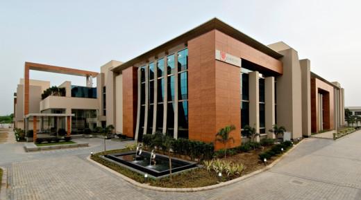 Patni Noida Green Building,  Patni's award-winning, state-of-the-art, environment-friendly IT-BPO center in Noida, India