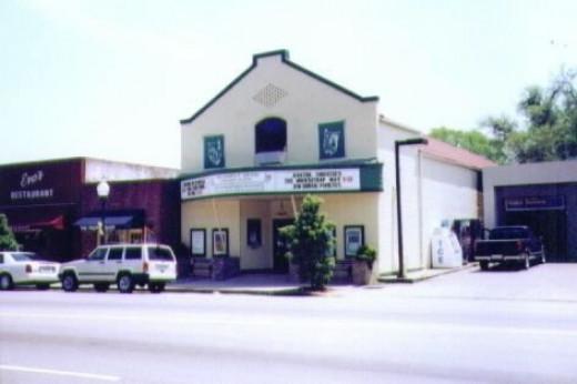 http://cinematreasures.org/theaters/20405