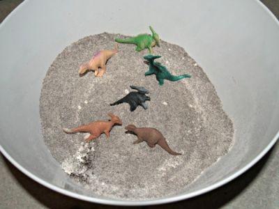 Dino DIY