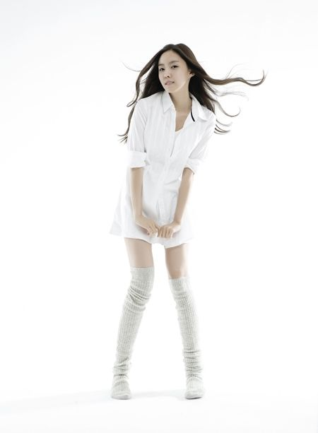 Ban Sun Nyeo played by Hyo Min