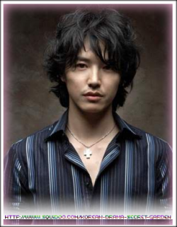 Yoong Sang Hyun as Oscar