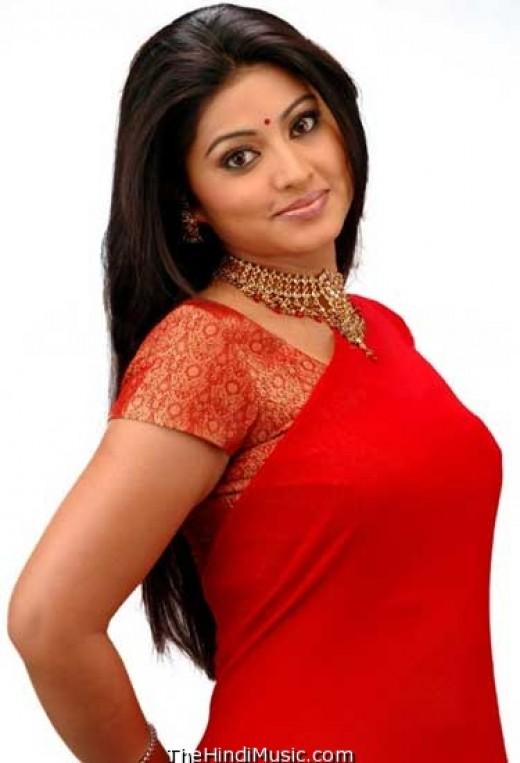 Beautiful Sneka in saree