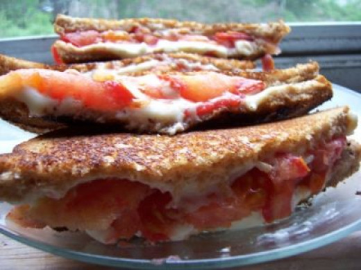 Grilled Cheese & Tomato - Summer Delight
