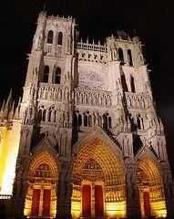 Cathedrale d'Amiens la nuit