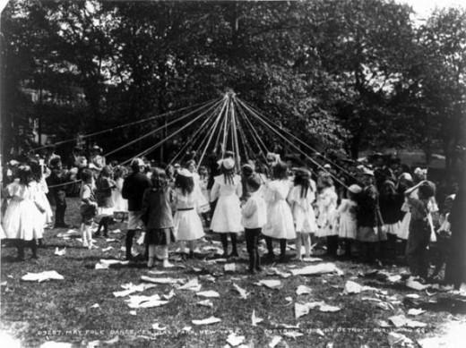 Maypole Dance Central Park 1905