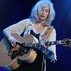 Emmylou Harris Country Music Icon