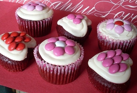 Pink, White and Red Themed Cupcakes