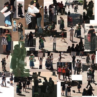 Sydneysiders held a Big Group Hug  ~Photo by flipsockgrrl