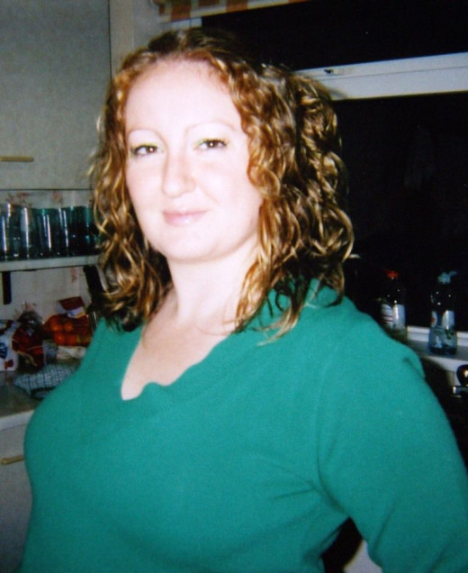 These were the days when I had time to curl it, straighten it, style it..... and heaven forbid dye it!