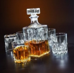A Whiskey Decanter Makes a Great Gift