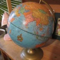 World Globe Older Version
