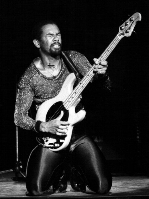 the best bass funk player : Louis Johnson