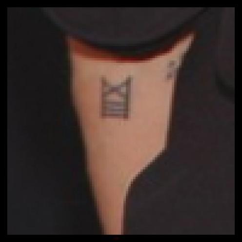 idei-dlya-tatuirovok - Прошлое и настоящее татуировок Анджелины Джоли и их значение -  - фото