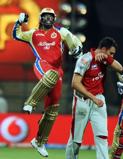 Gayle slams 2nd IPL 100