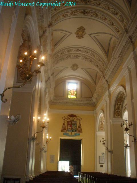 Inside Catedral de San Juan Bautista - Old San Juan Puerto Rico - Photo 5