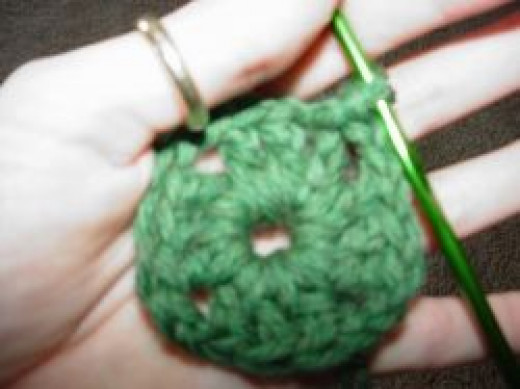 Granny Square Round 1 Beginner Instructions