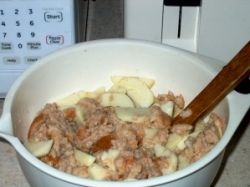 Bread Pudding with Apples Mixture