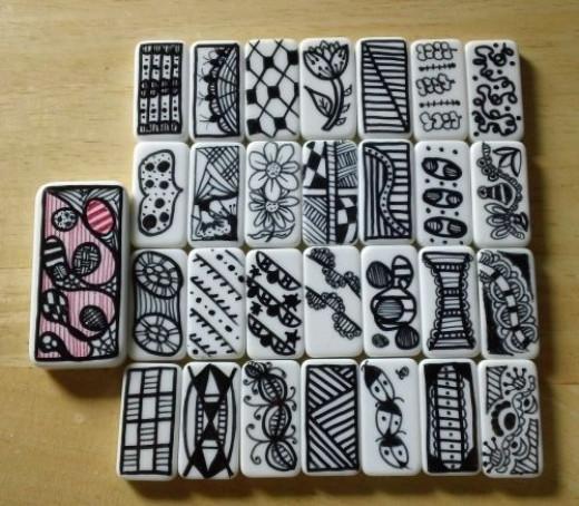 mini domino doodles