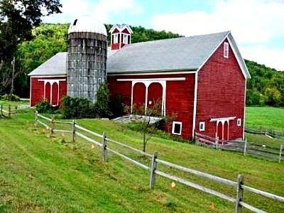 Love this barn :)