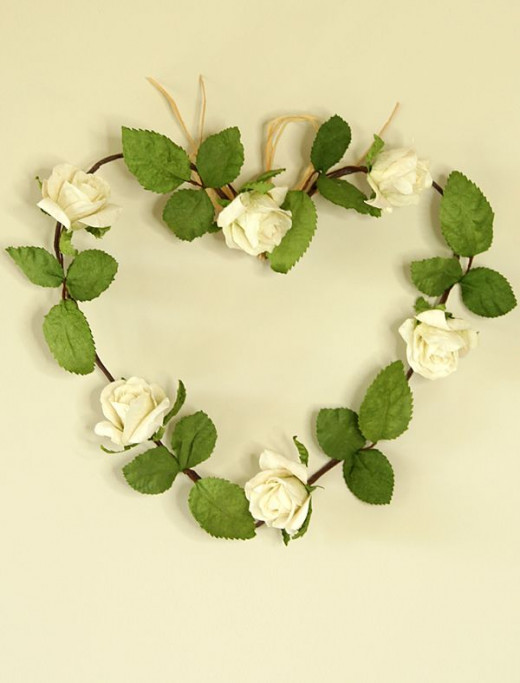 ivory paper rose heart