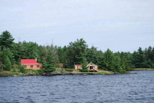 Cabin on the Canadian shore at Brule Narrows