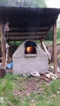 Building an wood fired earth oven (cob oven)