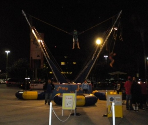 Bungee Attraction - $10.00