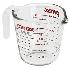 Two-Cup Measuring Cup