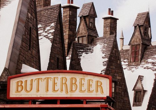 Wizarding World of Harry Potter Butterbeer Cart and Rooftops