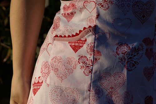 A Vintage-Style Valentine's Day Apron