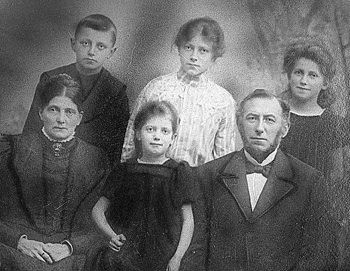 Do you have an old family photo to help you identify grandparents or others?