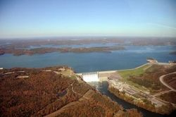Aerial photo of Table Rock Dam, in Branson, Missouri, which impounds the White River and forms the lake.