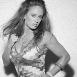 Jessica Rakoczy - Female Pro Boxer and MMA Fighter