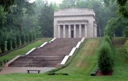 Lincoln's Birthplace near Hodgenville