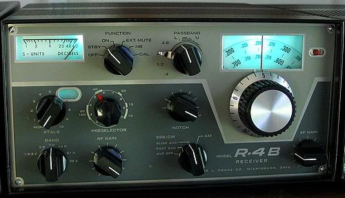 Drake R4B receiver