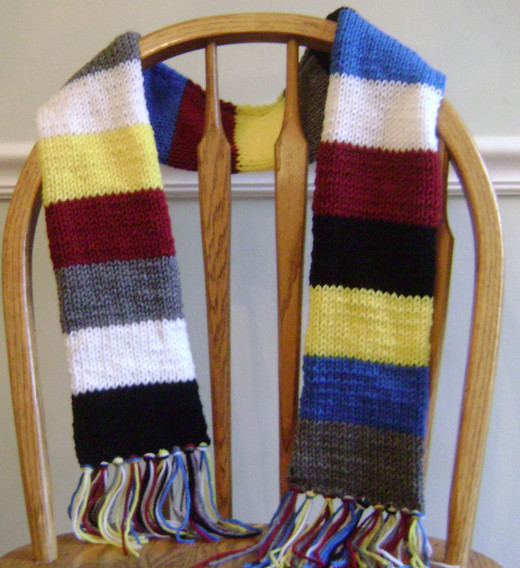 "Tubular scarf in the faction colors from the novel ""Divergent"""