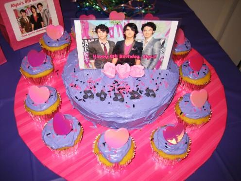 Jonas Brothers Cake & Cupake Tray