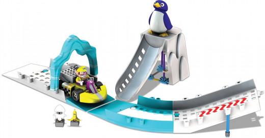 Nintendo Warios Penguin Jump Building Set