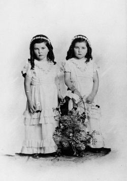 Old-fashioned flower girls