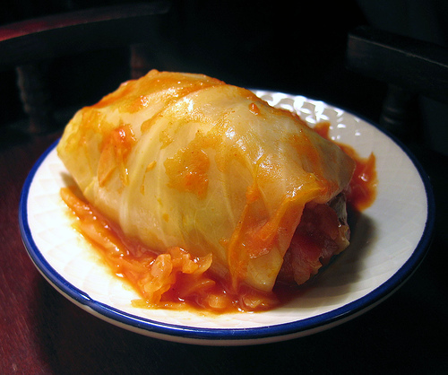 This looks so good!!!  If only my boyfriend liked cabbage