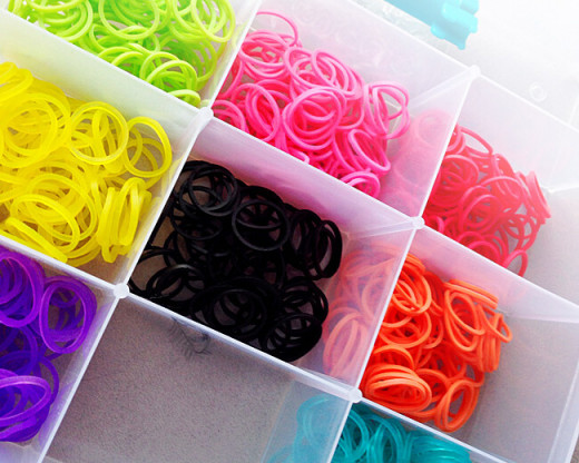 After many failed attempts at organization, I finally figured out the best way to organized Rainbow Loom rubber bands was in an organization box much like the one in this picture.