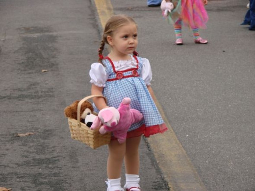Even Dorothy from the Wizard of Oz and Toto too stopped by to party down the Yellow Brick Road with us