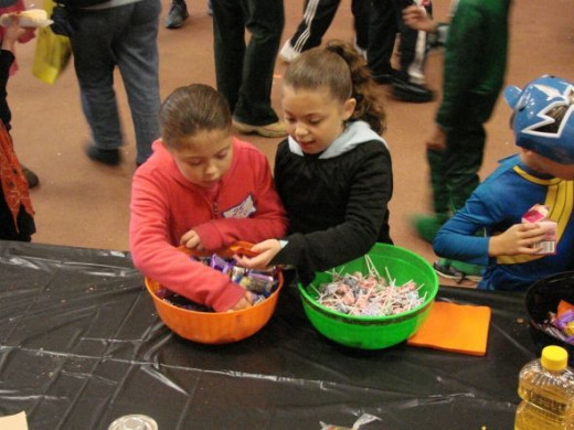 Halloween lollipops are always a big hit with the children and more than one adult is seen with a lollipop sticking out of their mouth too