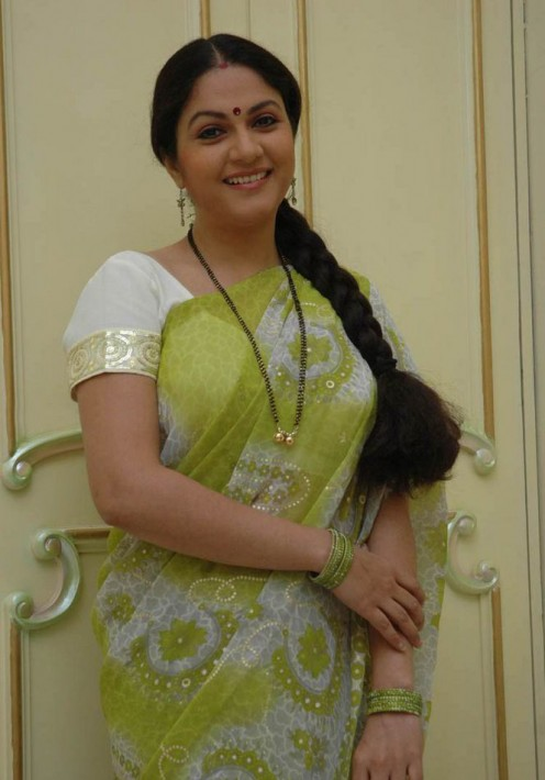 wallpapers gallery gracy singh in green saree pictures