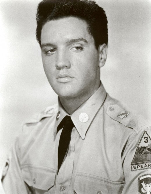 Elvis Presley Photo In The Army 2 Rock Star U.S. Military Photos 8x10