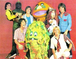 Kroftt Puppets posing with 70s rock band Bay City Rollers