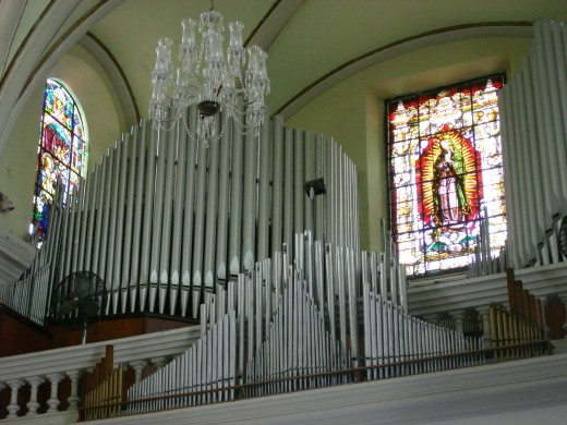 Pipe Organ in Ponce Cathedral