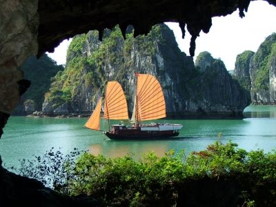 Rock Wonder in the Sky - Ha Long Bay