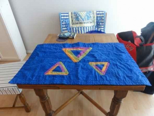 impossible triangle quilt
